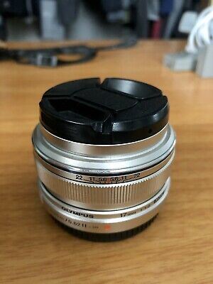 Olympus M.Zuiko 17mm F/1.8 AF Lens for Four Thirds (Silver)