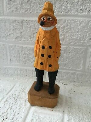 Vintage Wood Hand Carved Sea Captain Sailor Fisherman With Pipe 8 inches