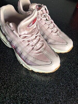 Nike Basket Femme Air Max 1 Essential Blanche Taille