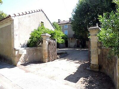 Large farmhouse for sale in southern France (Gard)