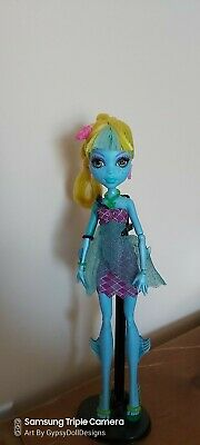 Monster high doll lagoona 13 wishes