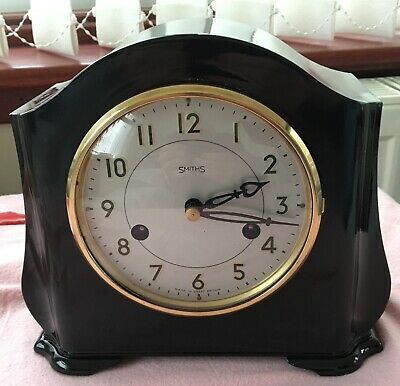 SMITHS ENFIELD 8 DAY STRIKING Bakelite MANTEL CLOCK