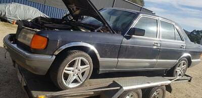1986 Mercedes - Wrecking parts or complete