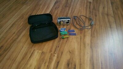 Sony cybershot digital camera DSC-P31, with batteries, memory cards and USB lead