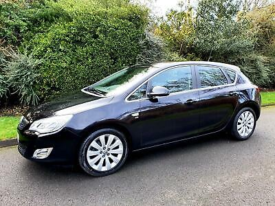 VAUXHALL ASTRA 1.6 16v SE - AUTOMATIC - 5 DOOR - 2010 - BLACK **NEW SHAPE**