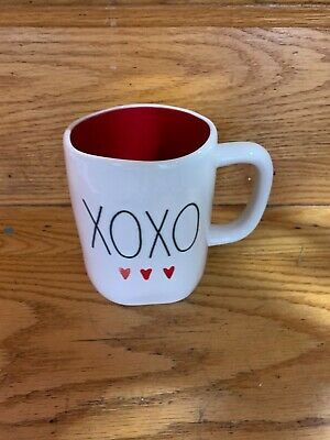 "Rae Dunn Valentine's Day LL ""XOXO"" w/ Hearts Mug; Red Interior/Black Font NEW"