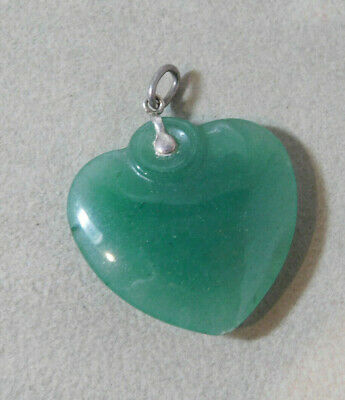 Translucent Jade Green color Carved Aventurine Stone Heart Silver Pendant 2b 52