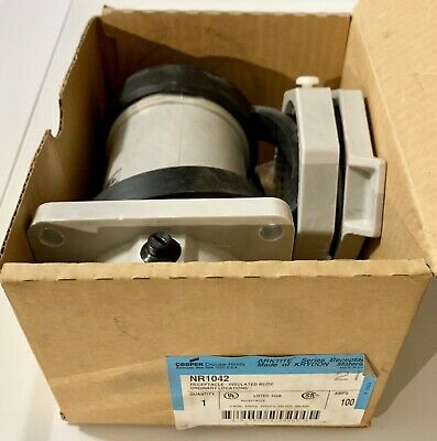 NEW IN BOX, Crouse-Hinds NR1042 Service Outlet Receptacle 100A, 3P, 4W WARRANTY!
