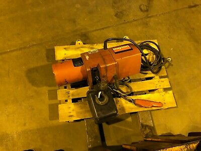 Dayton 1 Ton Chain Electric Motor Hoist 3YB91