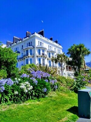 Seafront Flat 'for sale' - HASTINGS - One Bed