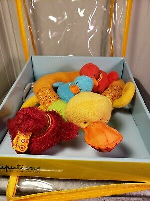 Lilliputiens Nicky & Her Ducklings Floating Interactive Baby Bath Toys