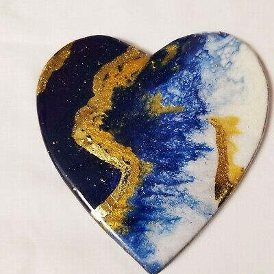 "6"" Resin Heart on Wood - Resin Art - Abstract Art - Resin Painting"
