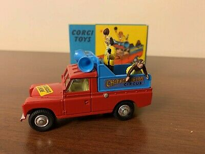 Corgi Toys Cipperfields Circus Land Rover Parade Vehicle 487