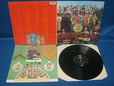 Record Album The Beatles Sgt Pepper's Lonely Hearts Clubband