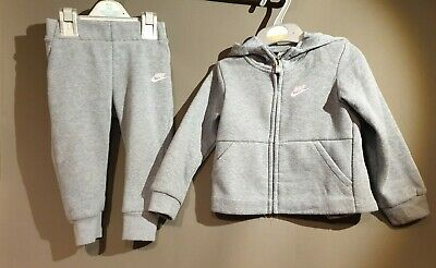 Nike Girls Hooded Jogger Set 18-24 Months