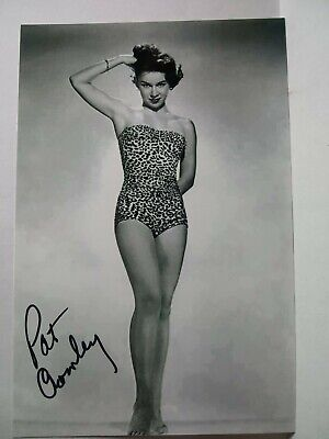 PAT CROWLEY Authentic Hand Signed Autograph 4X6 Photo - BEAUTIFUL ACTRESS