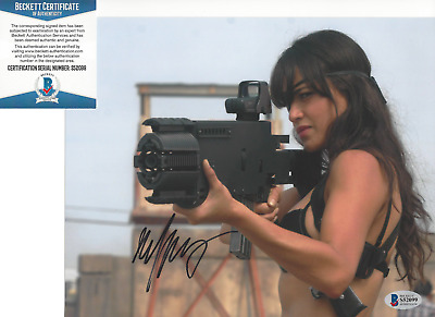 MICHELLE RODRIGUEZ SIGNED 'FAST AND THE FURIOUS' 8x10 PHOTO 6 BECKETT BAS COA