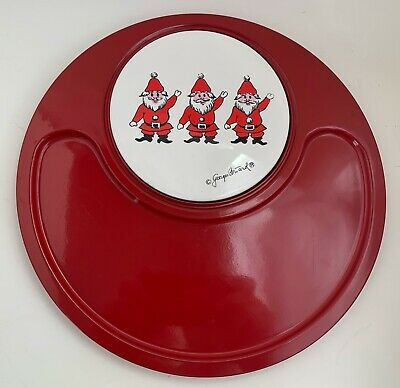 VTG 60s Georges Briard Designs 3 Santas Christmas Red Round Cheese Platter Plate