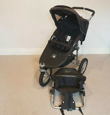 VALCO navy blue RUNABOUT deluxe pram and additional seat
