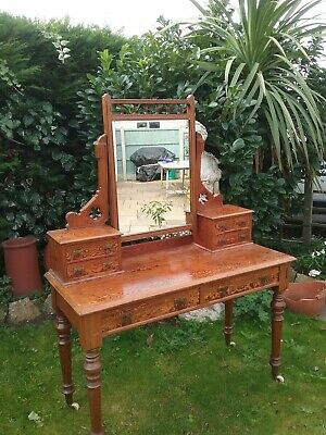 Victorian pitch pine dressing table in good condition