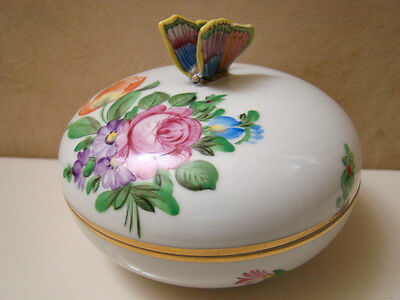 🌹 Herend Porcelain Hand Painted Round Trinket Bonbon With Butterfly On Lid 🌹
