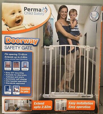 Perma Child Safety 73 - 82cm  Doorway Safety Gate