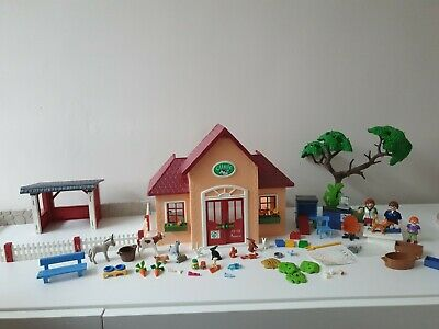 Playmobil City Life Vet Clinic and accessories 5529