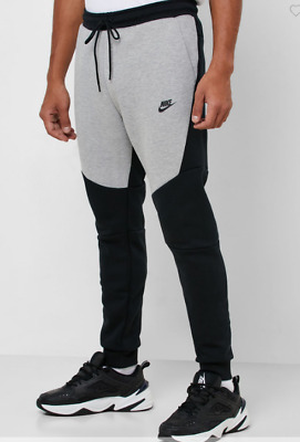 805162-015 New with tag Men's Nike  Sportswear Tech Fleece Jogger Pant, Large