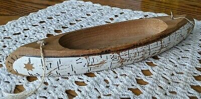 """Canoe, hand carved folk art, 9 1/2"""" long, max. 2 5/8"""" wide, painted"""
