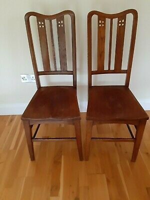 A PAIR OF ANTIQUE OAK CHAIRS - ARTS & CRAFTS - GLASGOW SCHOOL - c1890