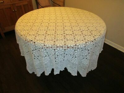 Beautiful Vintage Crocheted Tablecloth/Bedspread 72x92
