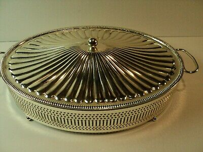 Sliver Plate, Oval, Casserole Dish with Pyrex Glass insert. NICE