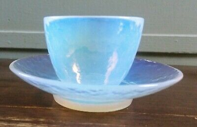 Vintage Mid Century Murano Opal/Opalescent Glass Cup/Saucer