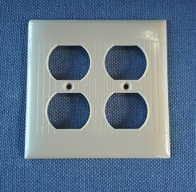 Sierra Electric Double Outlet Cover Ivory D-82 Ribbed Bakelite