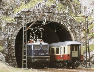 BUSCH HO scale - DUAL TRACK TUNNEL PORTALS - SUIT ELECTRIC LOCOS # 7027