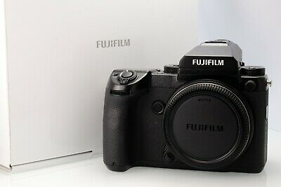 Fujifilm GFX 50s in Mint Condition With Complete Packaging 4564 Shots