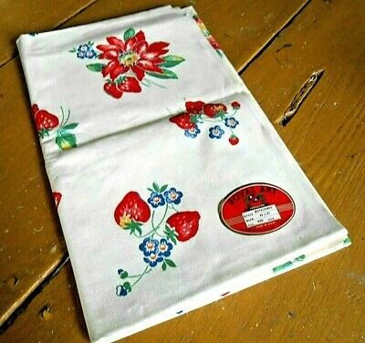 NOS W/Tag 1940's 50's Era ViNtaGe TABLECLOTH By ROYAL ART Flowers & Strawberries