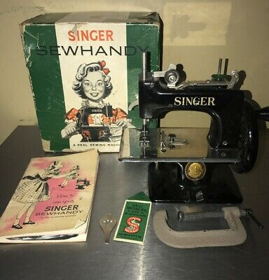 Vintage Singer Sewhandy Model No.20 Kids Real Sewing Machine Toy Made In U.s.a