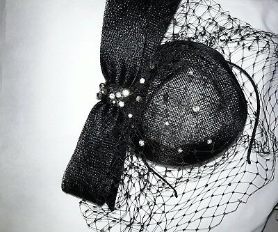 fascinater/hat black with diamantees and netting