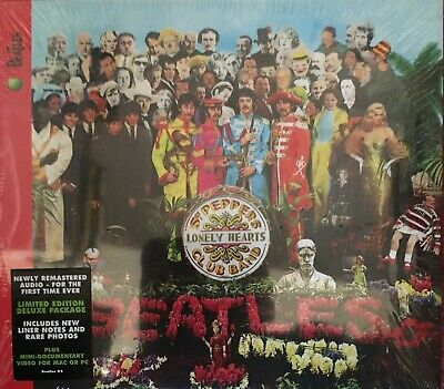 the beatles 'sgt peppers lonely hearts band' CD