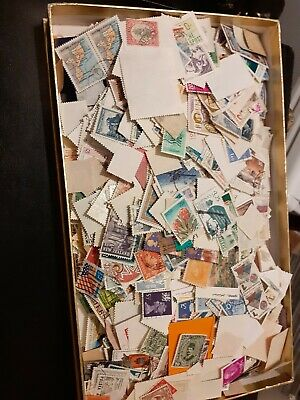 World Stamp Collection, 200+ grams,off paper,many countries,1000's, nice lot.