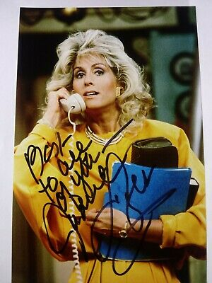 JUDITH LIGHT Authentic Hand Signed Autograph 4X6 Photo -WHO'S THE BOSS ? ACTRESS