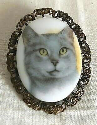 Vintage Cat Kitten Brooch Pin Gold Tone Metal Cameo West Germany Swivel Catch