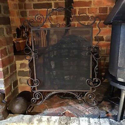 Antique FIREGUARD BLACKSMITH MADE FORGED IRON in ARTS & CRAFTS STYLE c1900.