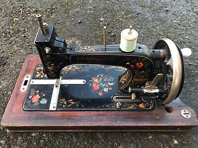 Unusual JD Williams Vintage Antique Sewing Machine Hand Crank Made in Germany