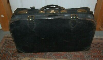 Vintage Leather Suitcase That Buckles
