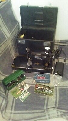 Vintage  Singer 221 Featherweight Sewing Machine & Accessories!!! Great Find!!