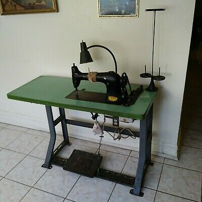 Singer Industrial Sewing Machine & Industrial Clutch Motor w/ Table PICK UP ONLY