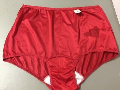 NWT 1 USA Made Nancy King Full Panty Size 15 Red w/ Lace Design On Front #153W