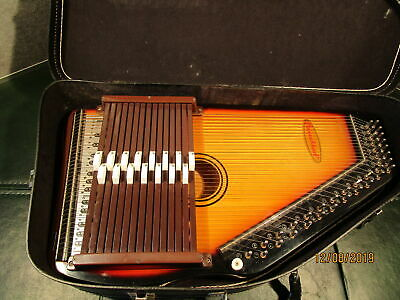 Chromaharp Auto Harp with Case